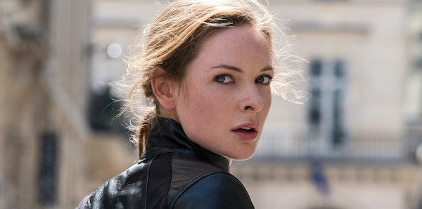 rebecca ferguson on motorcycle in mission impossible fallout