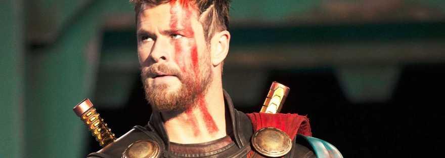 Chris Hemsworth Thor Ragnarok during fight against Hulk