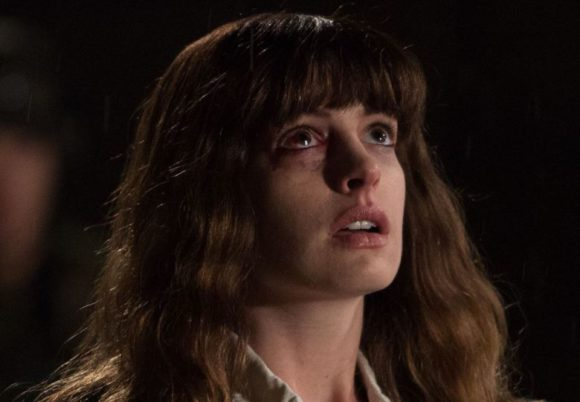 anne hathaway looking up in colossal