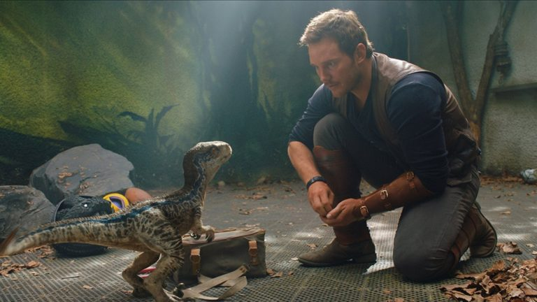 Chris Pratt meeting baby velociraptor Blue in Jurassic World: Fallen Kingdom