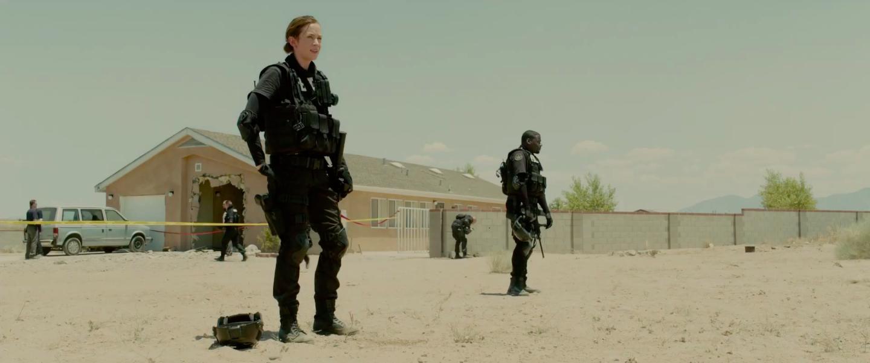 Emily Blunt and Daniel Kaluuya in SWAT gear in Sicario