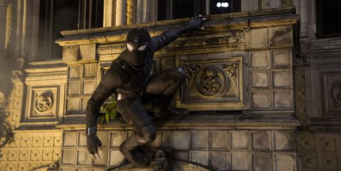 Spider-man black suit in Italy for Spider-Man Far From Home