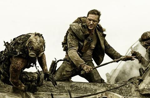 Tom Hardy fighting bad guys in Mad Max: Fury Road