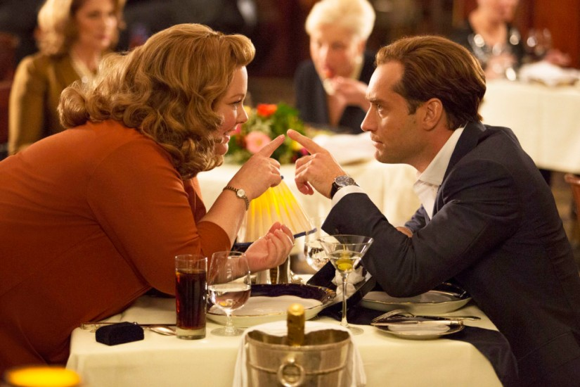 Melissa McCarthy and Jude Law at dinner in Spy movie